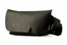 MESSENGER BAG (XS)/BLACK-FAS