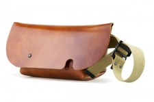 MESSENGER BAG (XS)/CAMEL-FAS