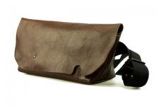 MESSENGER BAG (S)/BROWN-FAS