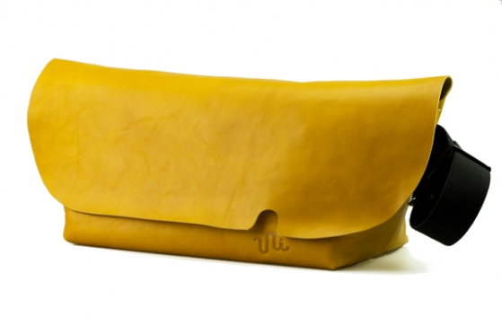 MESSENGER BAG (L)/BROWNY YELLOW-FAS