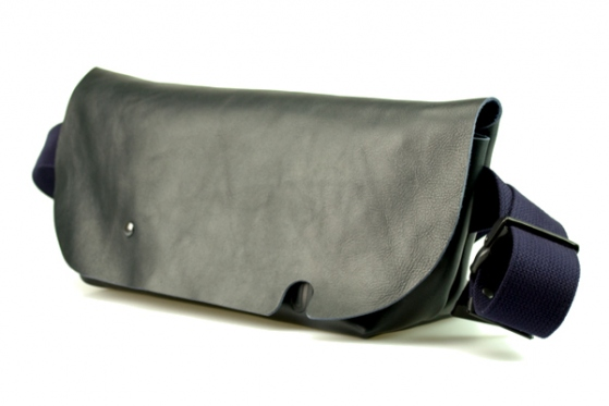 MESSENGER BAG (S)/DARK NAVY-FAS