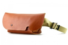 MESSENGER BAG (XS)/COGNAC-FAS