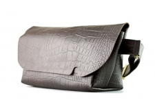 MESSENGER BAG (M)/CROCO PATTERN BROWN-FAS